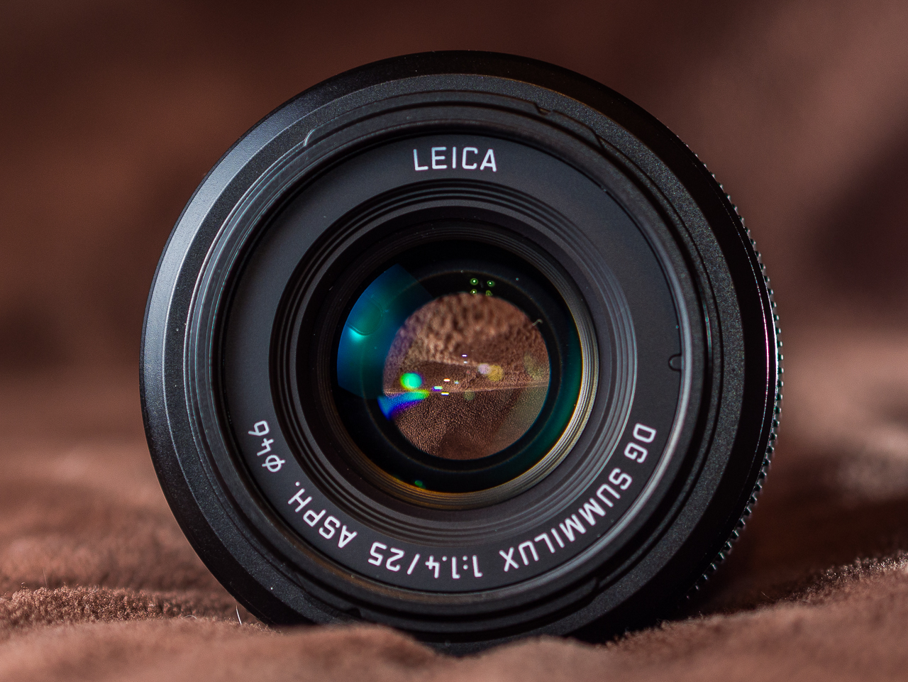 Panasonic Leica 25mm F 14 Dg Summilux Review Jonathan Hrovath Asph Micro 4 3 Lens This Feels Most At Home On The Larger M4